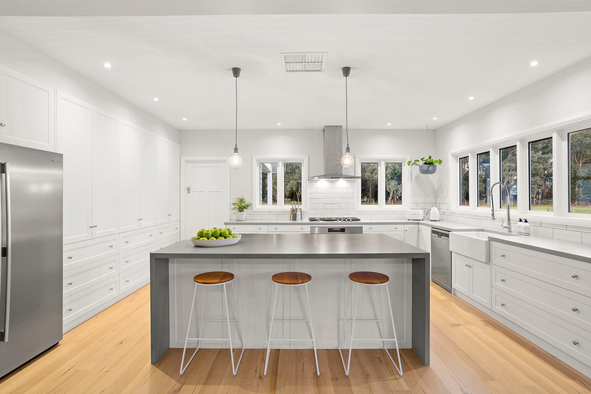 Kuchnia zgodna z Twoim projektem - sprawdź meble kuchenne od Aksent.